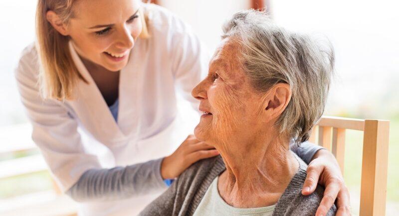 7 Tipps, wie Sie mit Schamgefühlen im Pflegealltag umgehen