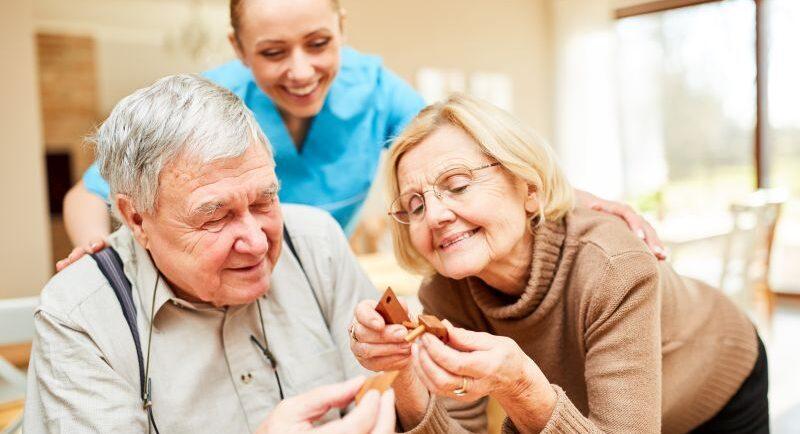 """6 Tipps für die Kommunikation mit """"schwierigen"""" Angehörigen in der Pflege"""