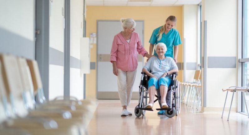 Leistungsübernahme bei Pflege: Was zahlen Krankenkassen?