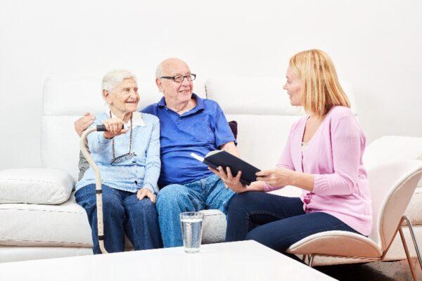 Müssen ehrenamtliche Pfleger das Pflegegeld versteuern?